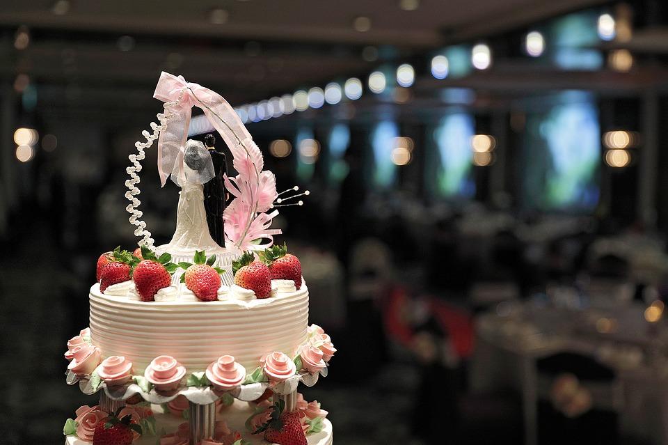 台鐵辦聯合婚宴「改吃便當」 補貼2千新人全氣炸