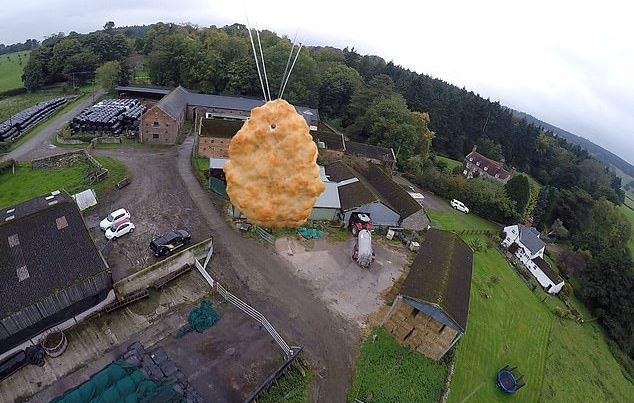 超市把雞塊「發射到宇宙」 撐過「 60度」高速回到地球!