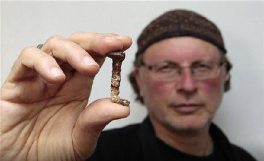 科學家找到「耶穌被釘十字架」證據...「指甲碎片」是關鍵!