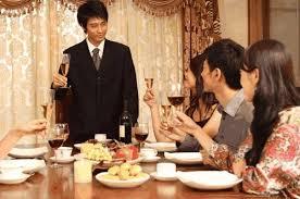 與男友家人聚餐「全程被冷落」 她「中途落跑」反被男友罵爆