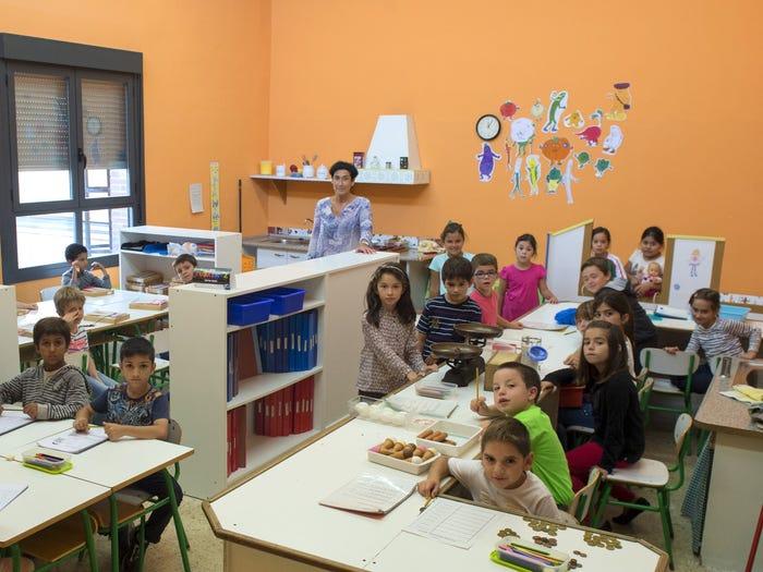 開箱「世界各地學校」最真實模樣 越南村落的教室...讓你微微鼻酸