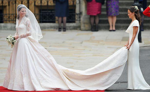 王妃有苦說不出!10個皇室必須遵守的「穿衣規則」 超熱也不能脫外套