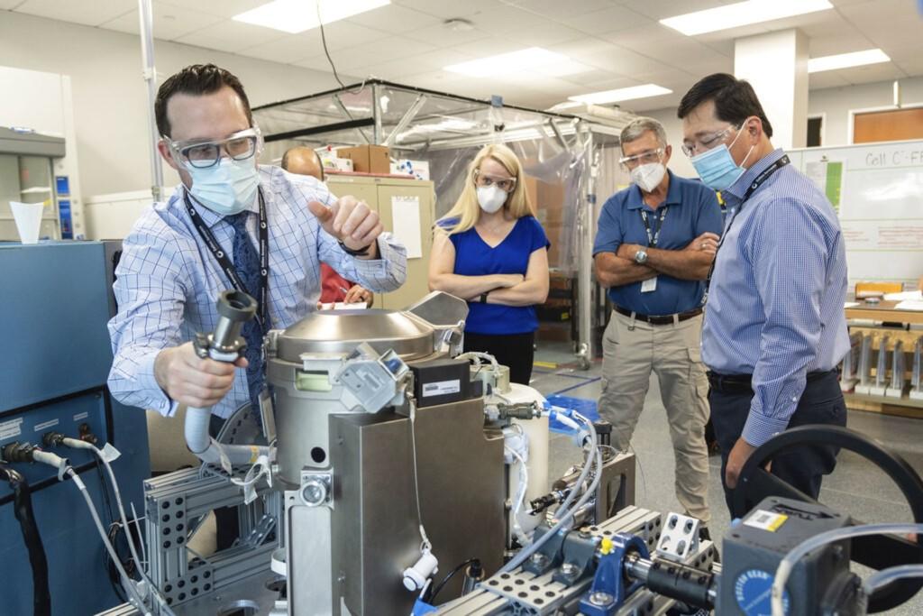 今天排、明天喝!NASA把「6億元馬桶」送太空 解決太空人最辛酸煩惱