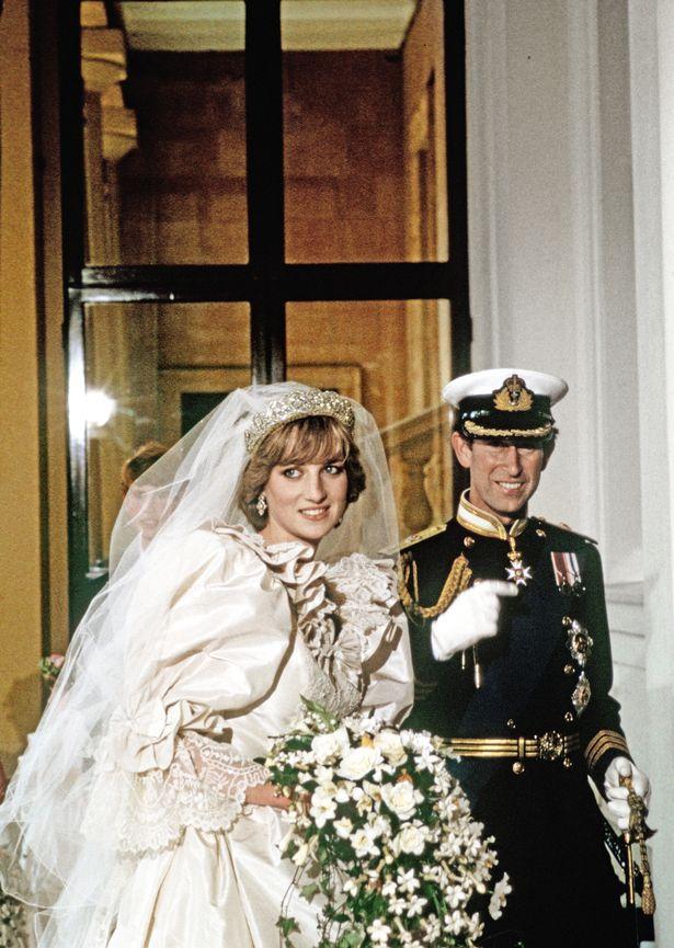 黛妃「相遇查爾斯」的過程曝光 只見12次...秒嫁「姊姊前男友」