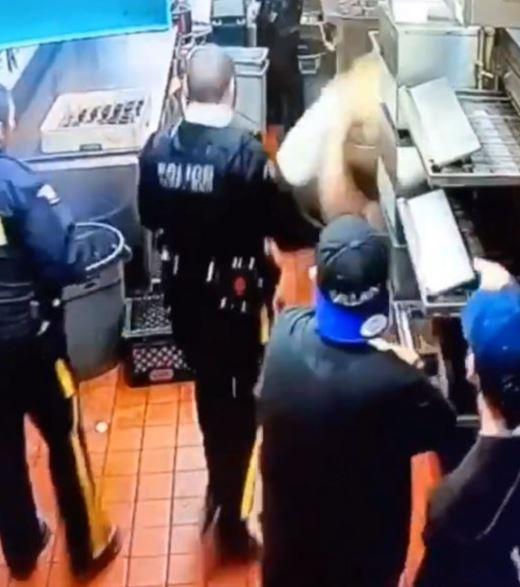 女子「吃霸王餐」偷藏天花板 砰一聲「降落」下場卻讓人感動
