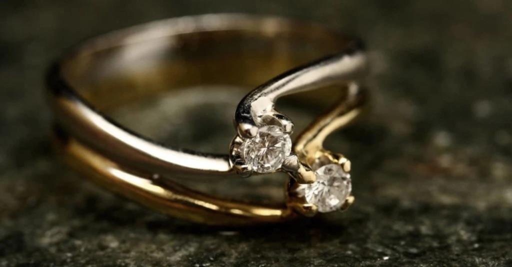 新娘發現「婚戒上小字」爆氣不嫁 婆婆圓場也沒救:不是你財產