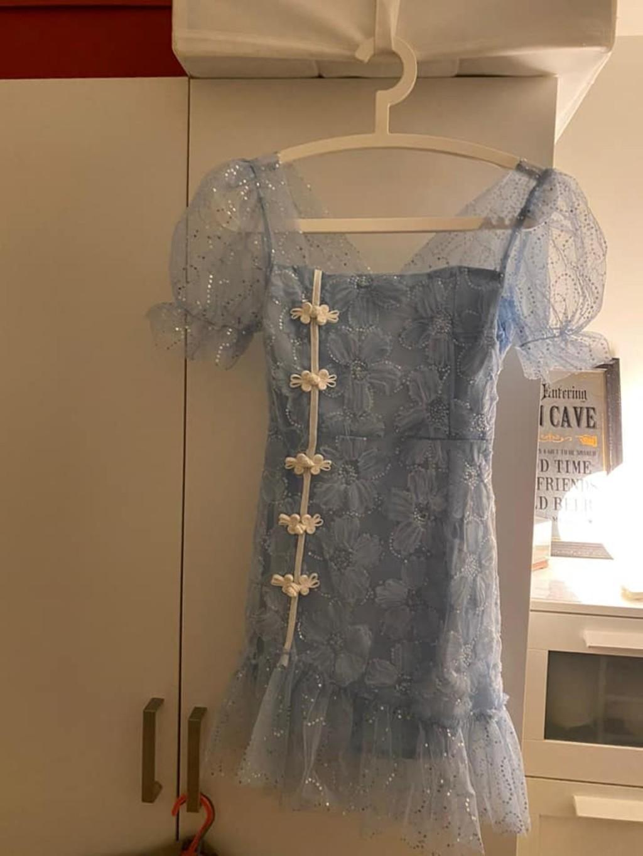 網購「小姐姐連身裙」 送來變「大媽洋裝」一穿風向大轉:真的賺到
