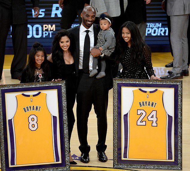 Kobe房子「81萬致敬價」售出 兒時「練球籃框」曝光:還在院子裡!