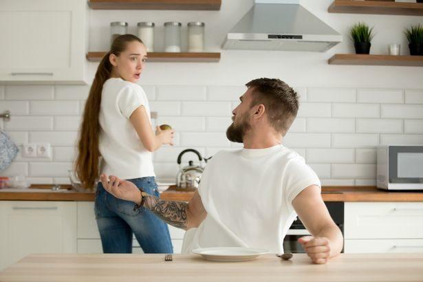 丈夫幫她取「神秘代號」不肯講意思 過來人勸:百分百說謊!