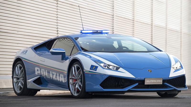警察「開藍寶堅尼」送救命器官 飆速「6小時→2小時」送達!
