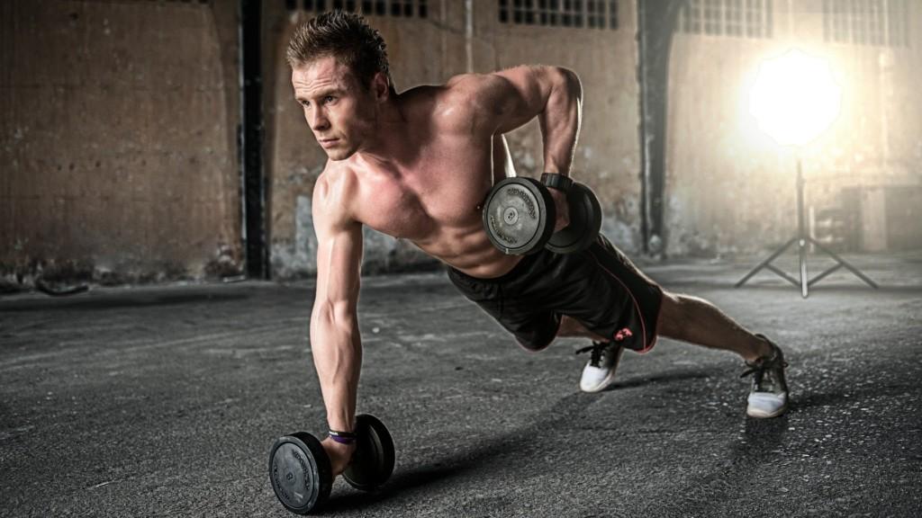 宿醉還想健身?專業教練給「3個建議」:千萬不要先深蹲!