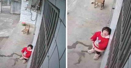 裝攝影機看在家狀況 1歲女「對鏡頭說話」...爸爸聽後超心疼