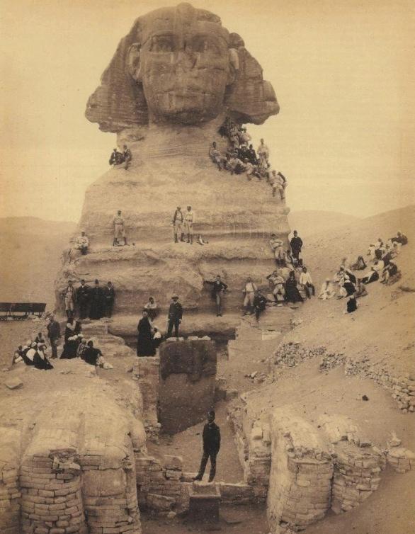 16張「過去100年像平行時空」稀有歷史照 「世上最高男人」根本是巨人族!