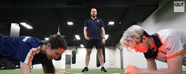 玩遊戲的都是「肥宅」?研究稱比一般人「更健康」 連身材都比你好!