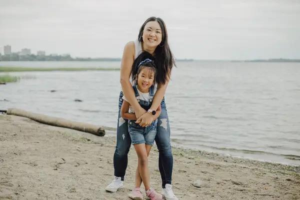 5歲華裔童看完《花木蘭》大爆哭!傷心問媽媽:為何我不會講中文
