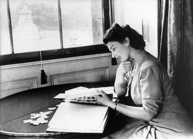 英國女王「最像凡人」的興趣 只靠收集幾張紙「狂賺38億」