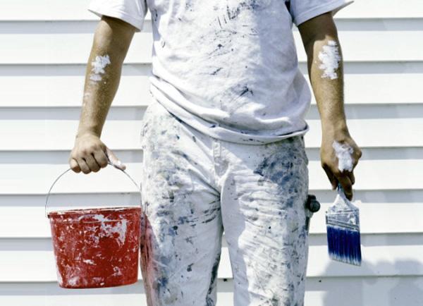 爸爸忍劇痛用「強溶劑」洗手 他堅定喊:不能讓女兒沒面子!