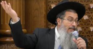 以色列猶太教拉比警告:新冠疫苗會「害你變Gay」