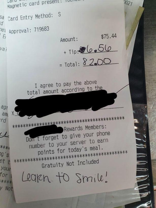 顧客在收據劃掉小費「留3字評語」 服務生一看心寒:對人性絕望了