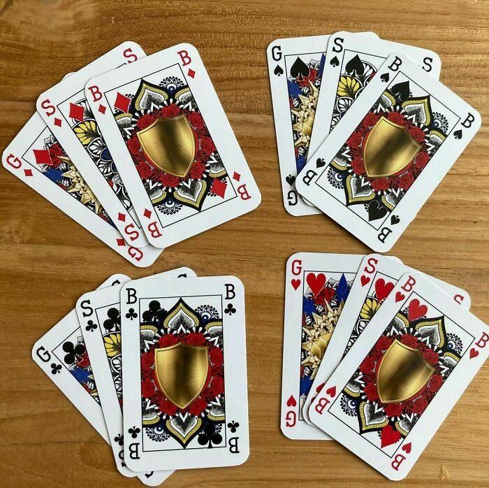 國王贏皇后不合理!她自創「性別平等撲克牌」 3件寶物取代K、Q、J