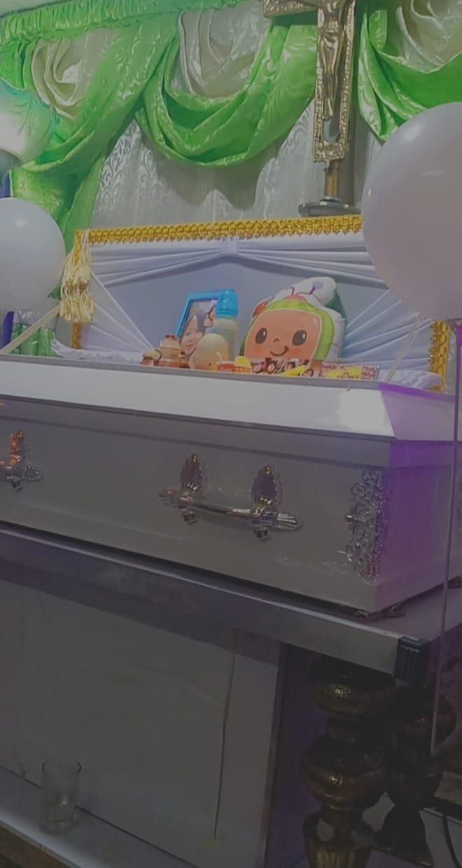 2歲童拿湯匙插「插座」 「肚子燒一個洞」母聽爆炸聲崩潰
