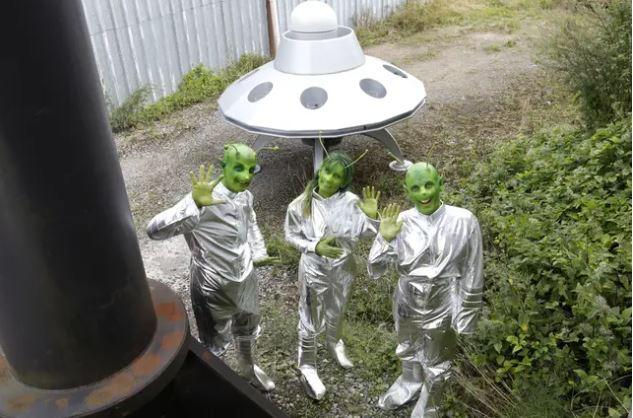 外星人為何不再來地球?哈佛教授爆:嫌人類太笨