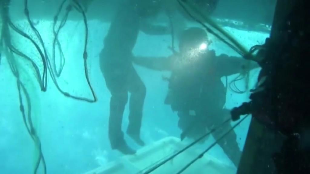 漁船翻覆!56歲船員靠「最後奇蹟空間」 水底下「苦撐40小時」獲救