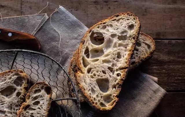 去麵包店「4種產品」千萬不要吃?麵包師曝:不懂的人才買