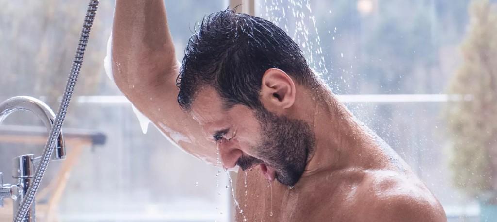 網瘋「30天洗冷水澡」好處爆多!3000人實測見證變化:膚質、髮質都變好