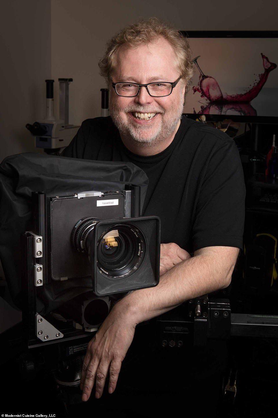 微軟前員工打造22公斤超級相機 拍出「史上最高清雪花」細節像比寶石更狂!