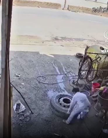 輪胎補完「正要搬」 車廠老闆被噴飛「翻轉360度」慘死