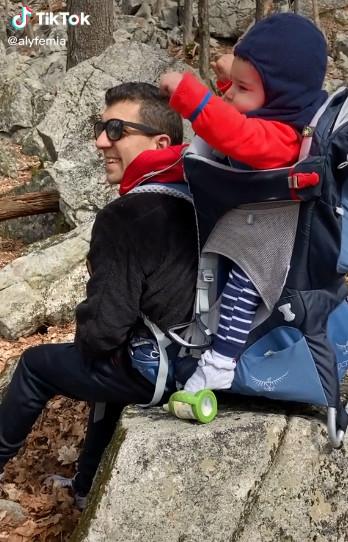 男童睡不著「找爸爸」 「智慧助理神回」網歪樓:到底買了什麼