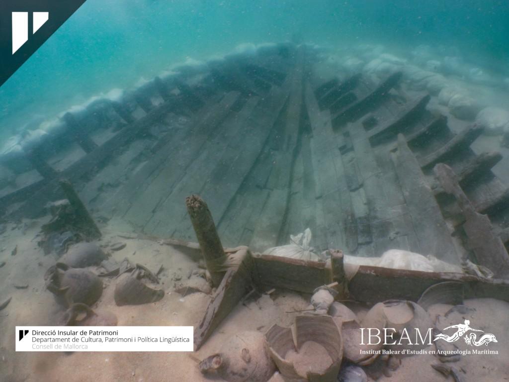 挖出1800年前羅馬帝國沉船 「紅酒、千年神秘美食」裝93陶罐