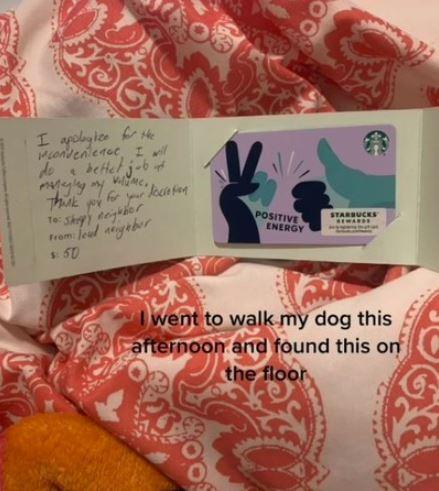 鄰居滾床單太吵!她留紙條要求「降低音量」 隔天收到1400元