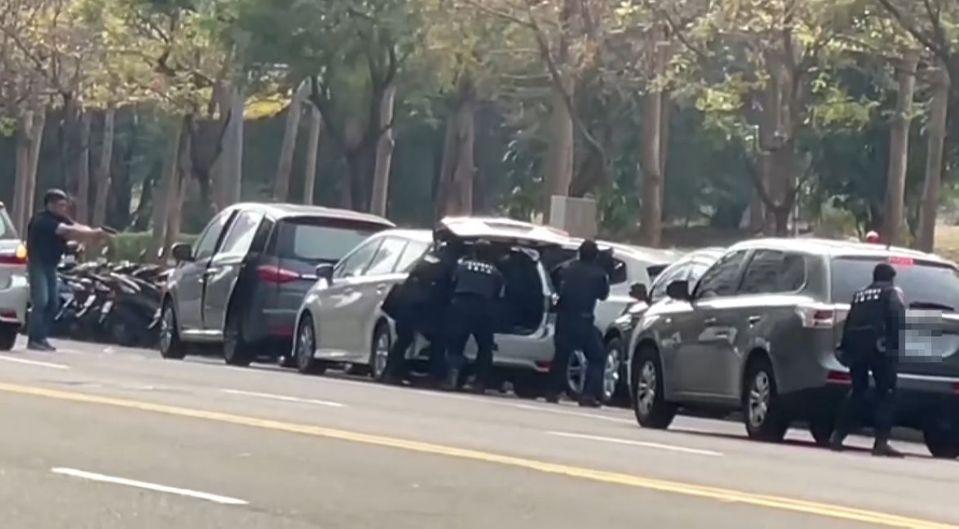 家屬喊冤!「連開19槍」轟斃嘉義綁匪 指控警:他根本沒開槍