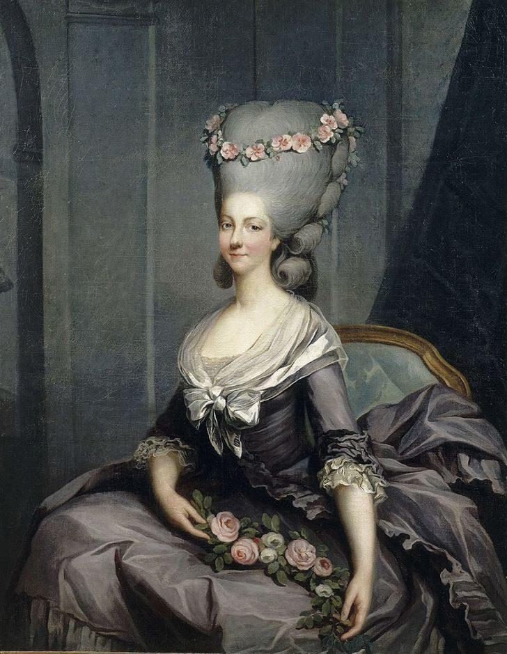 11個歷史上「女生覺得很美」的詭異潮流 16世紀「滿口爛牙」才能當貴族