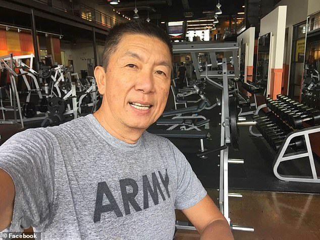 美國「仇亞槍擊」造成6死!華裔官怒掀衣露「愛國傷疤」:夠愛國了嗎