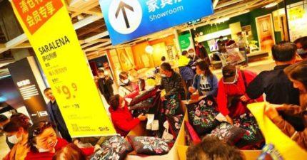 中國網友才喊「抵制IKEA」嗆滾出中國!一推「3折出清」景象變了