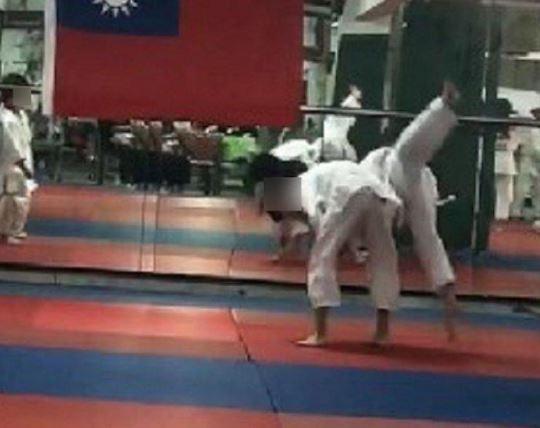 台中7歲童「90分鐘重摔27次」腦死 柔道教練:是他自己去撞牆