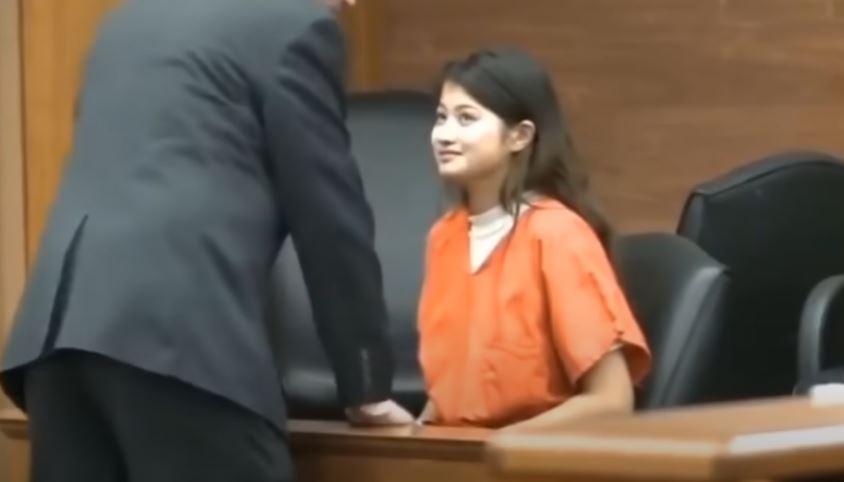 影/18歲正妹「俏皮表情包」惹萬人模仿 揭心寒被捕原因「151刀弒母」