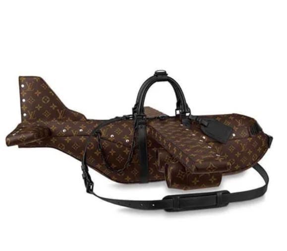LV推「飛機造型」手提包!網傻眼:價錢都能買「真的飛機」了