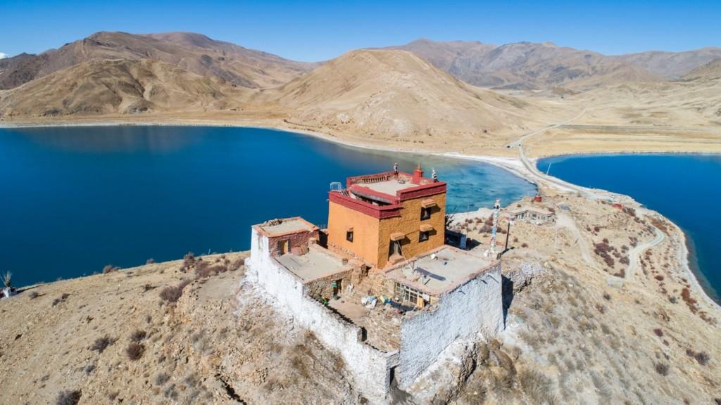 世界「最孤獨」寺廟!全廟只有1僧侶修行 「供奉一顆石」是傳說神器