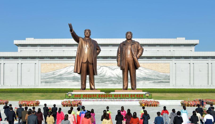 北韓正妹嫁美男曬福利照!自曝「被金正恩盯上」:已請保鑣保護