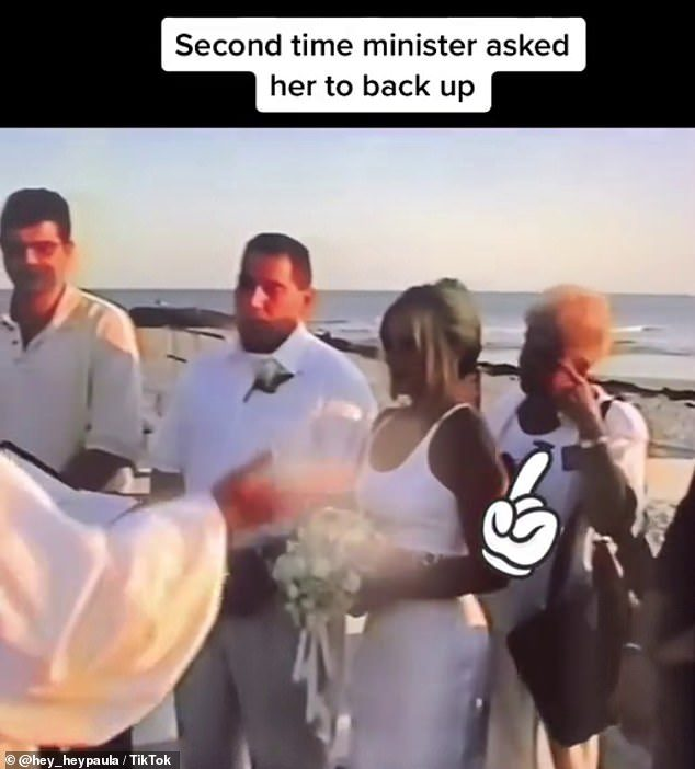 原本是私奔!婚禮當天「婆婆全身白」現身 新娘崩潰:才發現參加「媽媽的婚禮」