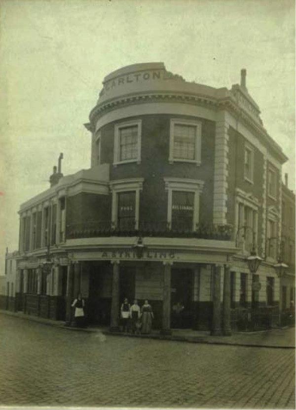 英國百年酒吧