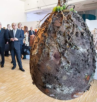 義大利「把人變種子」樹葬法 種下去「完全分解」對地球幫助超大