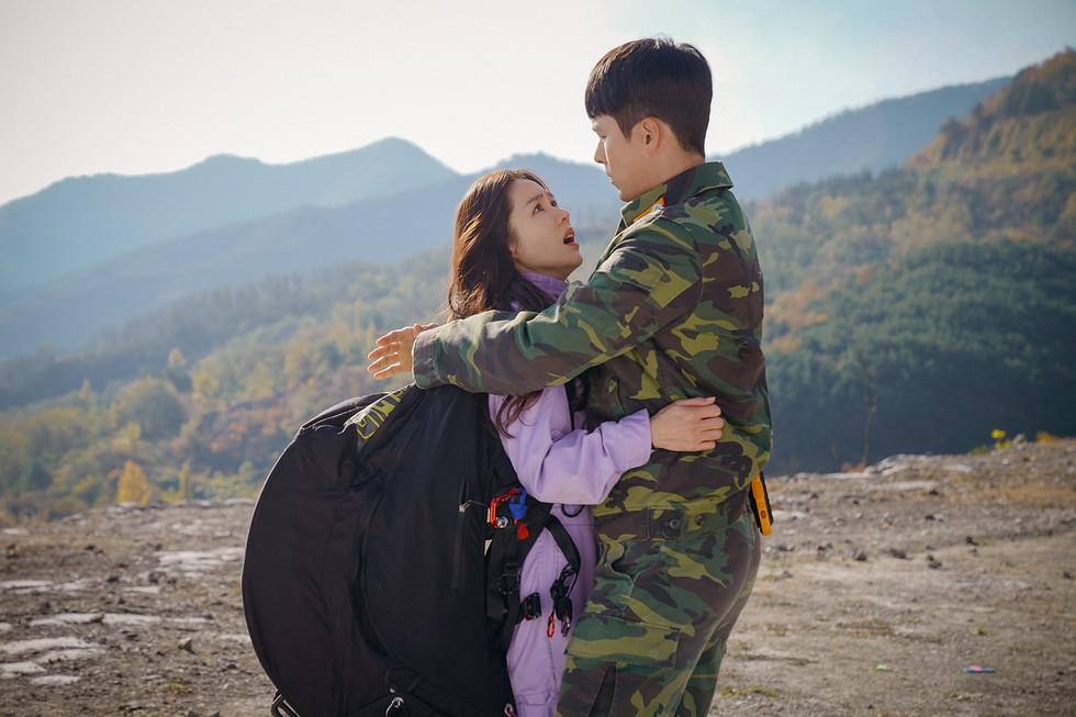 追劇有罪!金正恩下令「看韓劇關15年」 北韓上萬學生「自首求減刑」