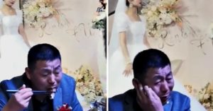 女兒出嫁!爸爸「全程背對舞台」狂吃飯 鏡頭一轉才知「心都碎了」