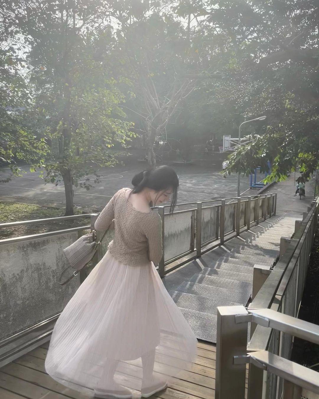 子瑜之後第2位!台灣女孩「韓國出道爆紅」 驚現「台北街頭」正面淡妝超正