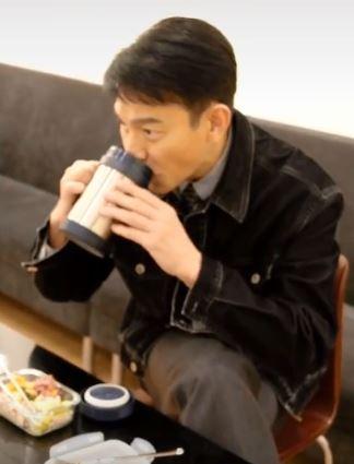 30年來不喝過冷飲!59歲劉德華「魔鬼菜單」曝光 網驚:難怪不會老